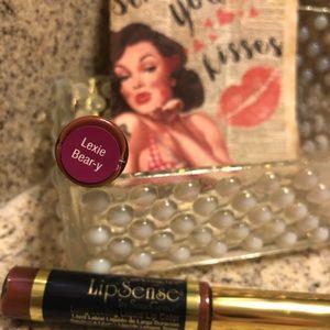 Lexie Beary Lipsense lip color - new & unopened